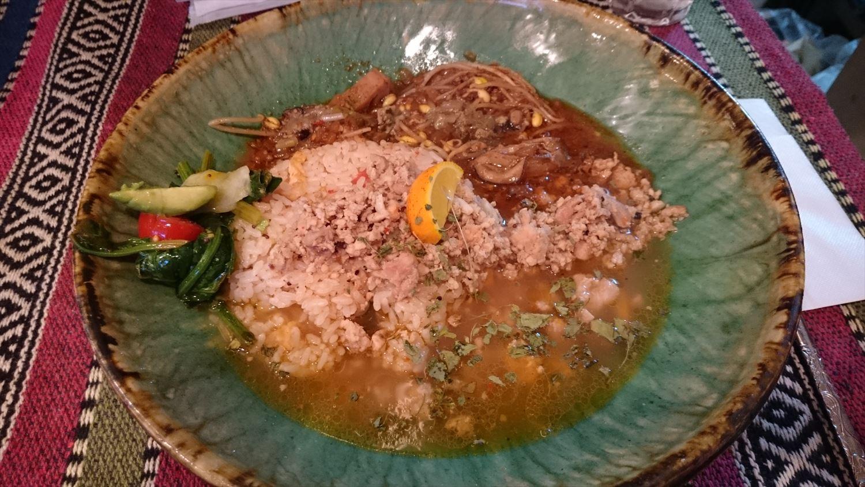 牡蠣胡麻味噌カレー