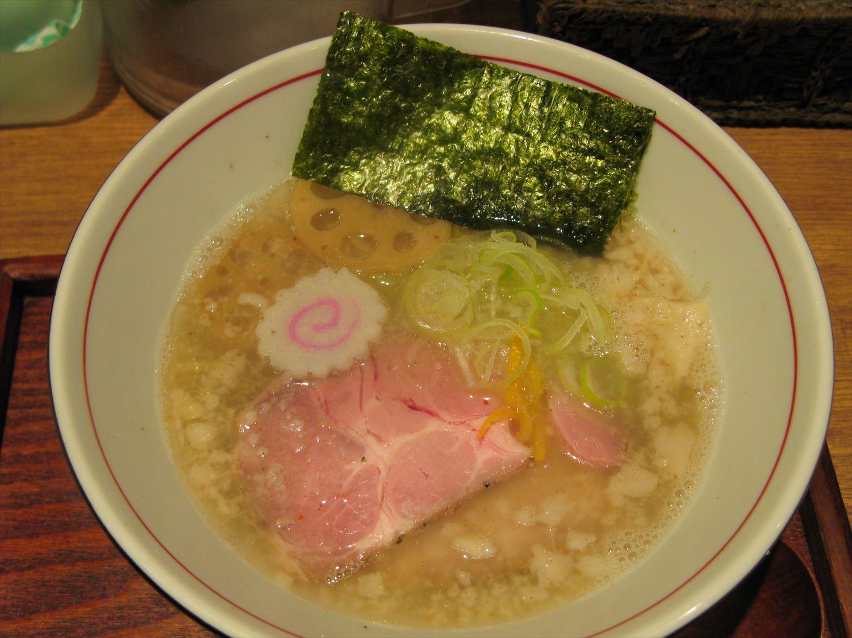 麺と心7の月替わり限定 2017年4月-1 背油 鯛そば – 阿倍野/ラーメン