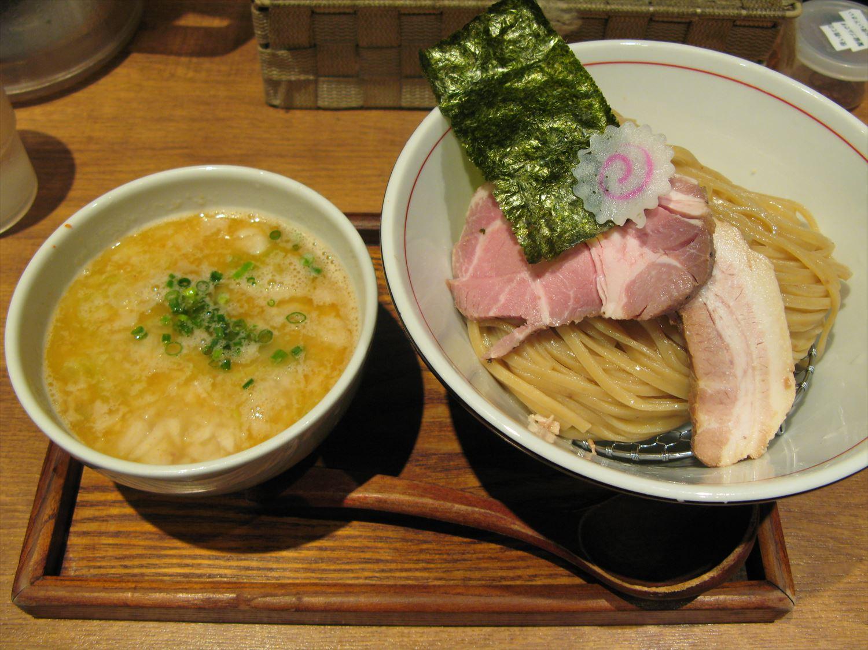 麺と心7の月替わり限定 2017年4月-2 背油 鯛つけそば – 阿倍野/ラーメン